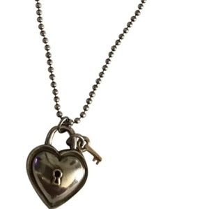 TIFFANY and Company Heart Padlock Neckace And Bead